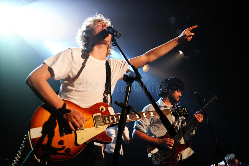 Kakkmaddafakka (在卑尔根形成和根据的挪威制片者摇滚乐队)执行在音乐香港大会堂 免版税库存照片