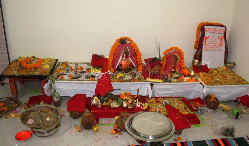 Kalash pour le puja indien de tradition photographie stock