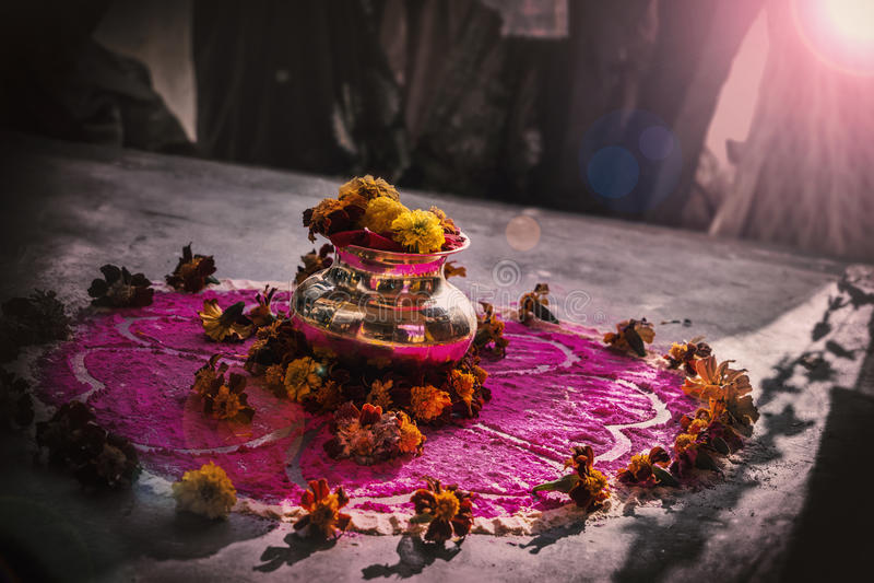 Kalasha|印地安婚礼 免版税库存图片