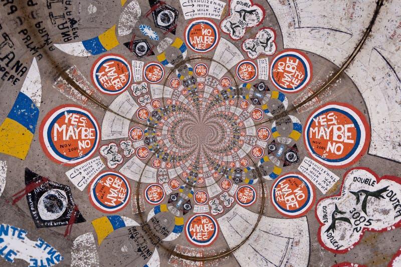Kaleidoscopic σχέδιο των γκράφιτι απεικόνιση αποθεμάτων