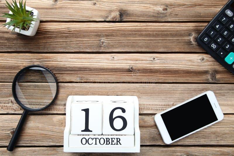 Kalendarz z powiększać - szkło zdjęcia royalty free