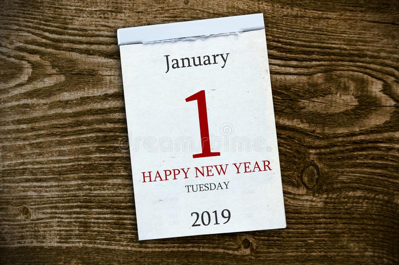 Kalender auf hölzernem Hintergrund lizenzfreies stockbild