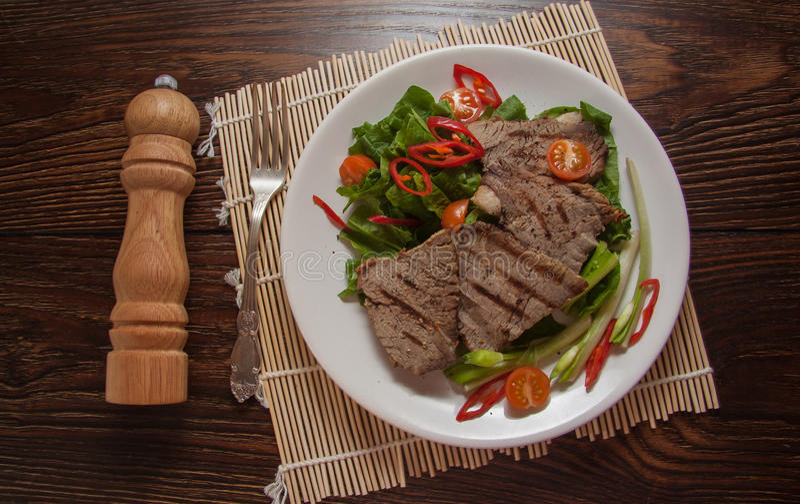 Kalfsvleeslapjes vlees stock afbeelding