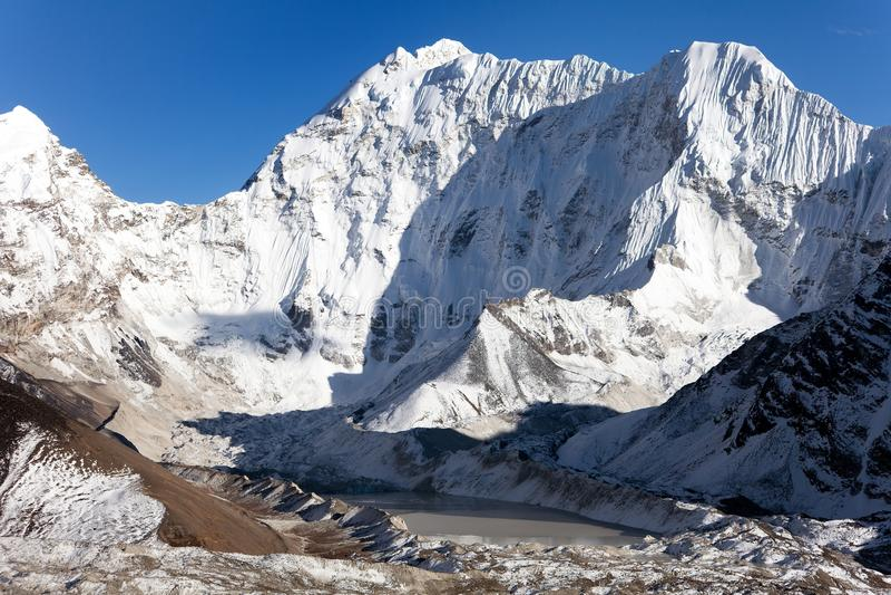 Kali Himal, montanha bonita no vale de Khumbu imagem de stock