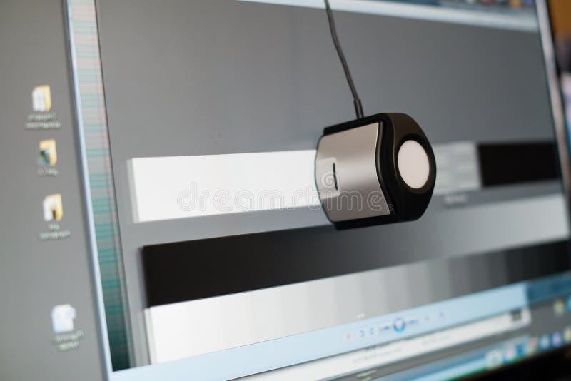 Kalibrierung der Anzeige eines Computers, Nahaufnahme stockfoto