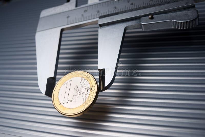 Kalibrierung des Euro lizenzfreie stockbilder