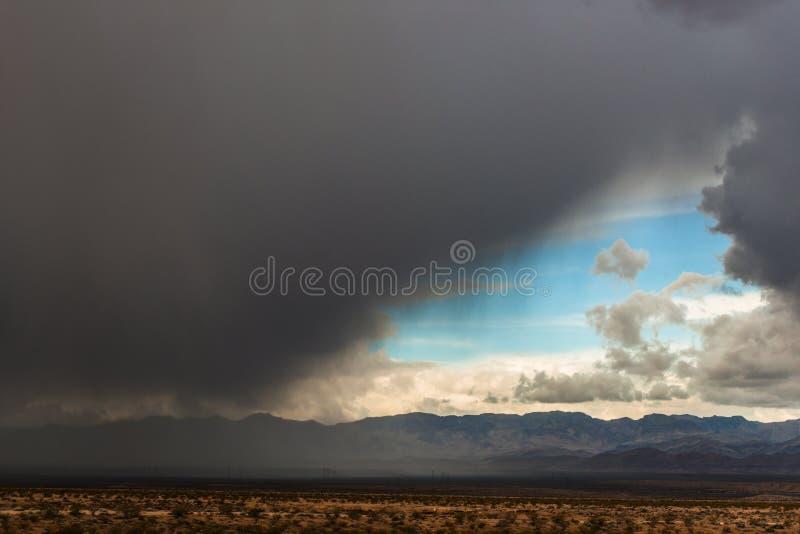 Kalifornia trasy 1 sceniczne góry zdjęcia royalty free