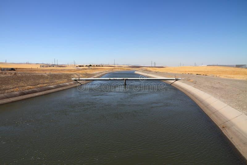 Kalifornien-Aquädukt stockfotografie
