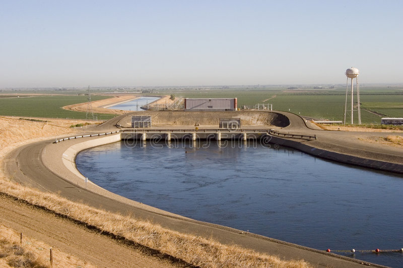 Kalifornien-Aquädukt lizenzfreies stockfoto