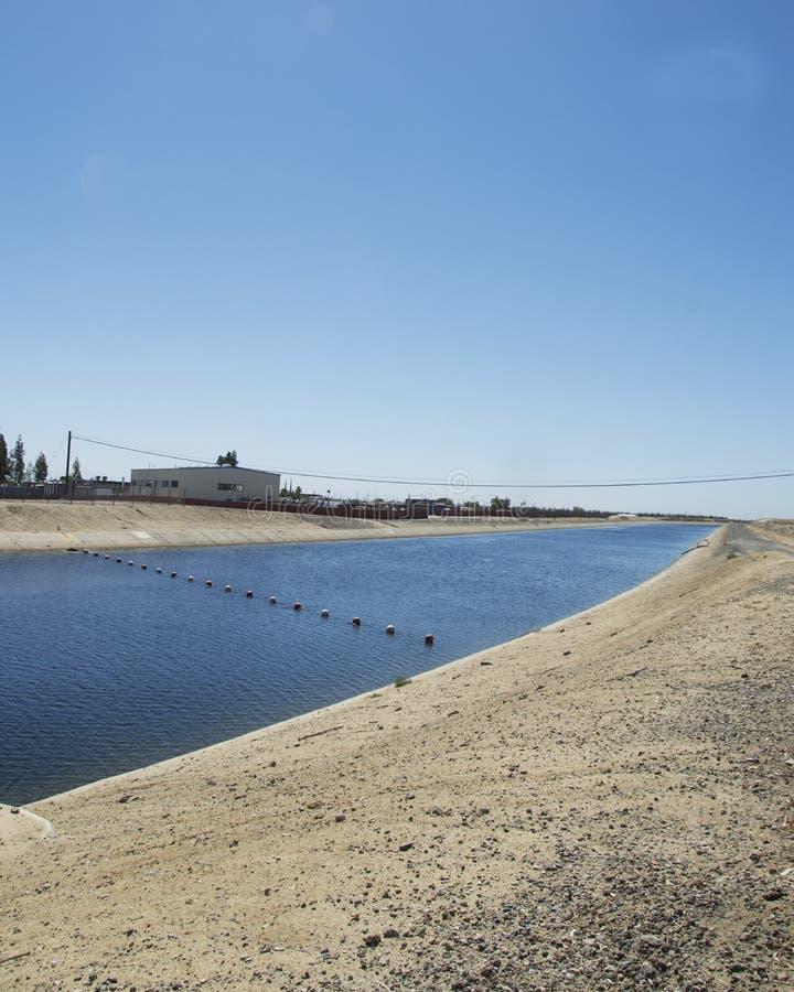Kalifornien-Aquädukt stockfoto