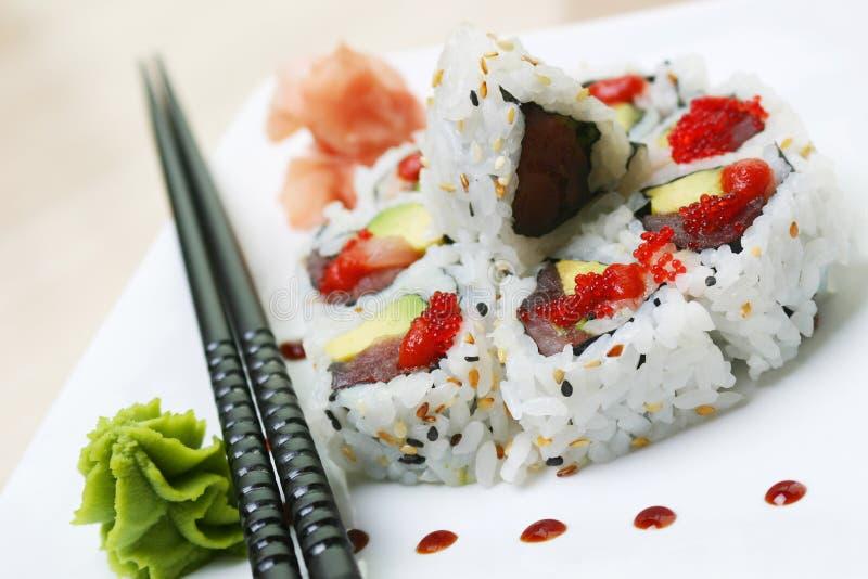 Kalifornien rullar sushi royaltyfri bild