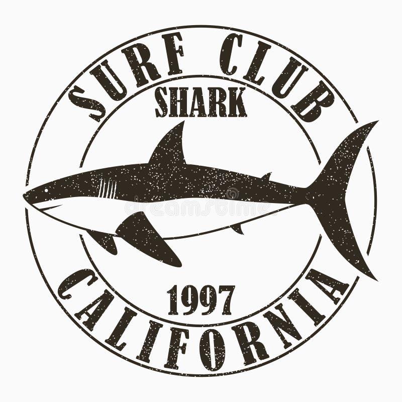Kalifornien som surfar - typografi för designkläder, t-skjorta Grafiskt tryck med hajen för dräkt Bränningklubbastämpel med grung royaltyfri illustrationer