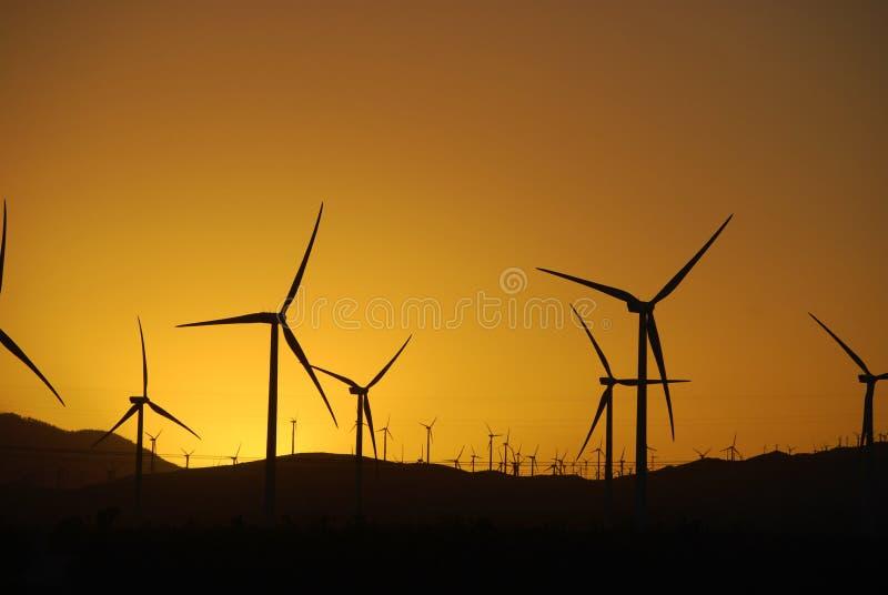 Kalifornien vindturbiner fotografering för bildbyråer