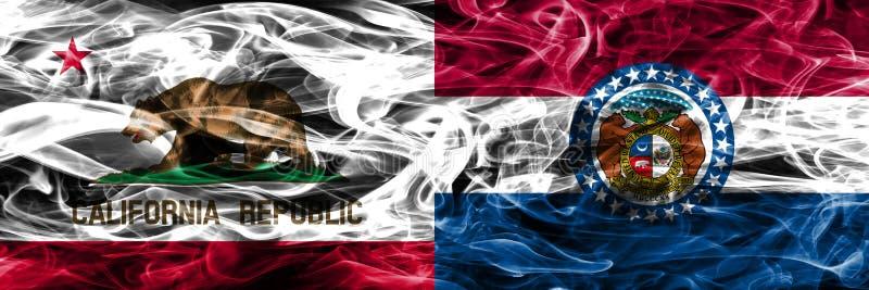 Kalifornien vs Missouri färgrik begreppsrök sjunker den förlade sidan arkivfoton