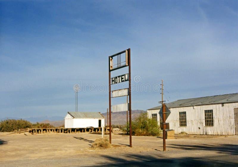 kalifornijskie hotelu znaku dolina śmierci zdjęcie royalty free