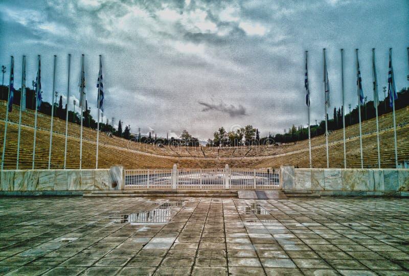 Kalimarmaro stadio panatenaico nel centro urbano di Atene ciò è una dello stadio che olimpico antico fatto immagini stock libere da diritti