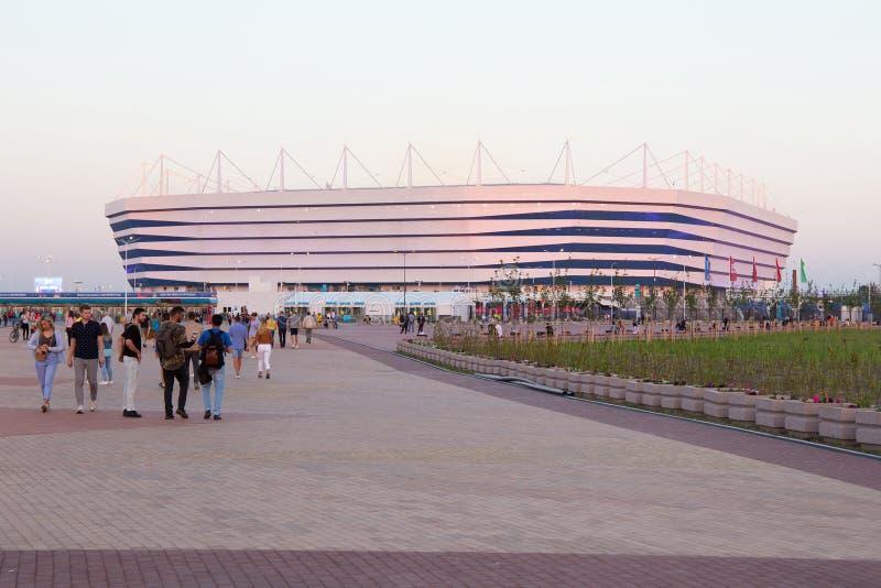 KALININGRAD, RÚSSIA - 16 DE JUNHO DE 2018: A ideia do estádio de futebol moderno de Kaliningrad igualmente chamou Arena Baltika fotografia de stock royalty free