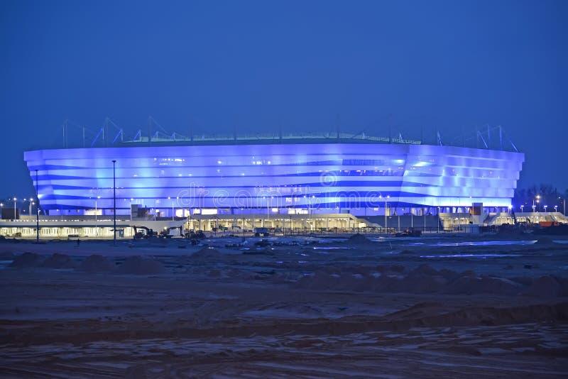Kaliningrad Ryssland Baltisk arenastadion för att rymma lekar av den FIFA världscupen av 2018 på natten royaltyfria foton