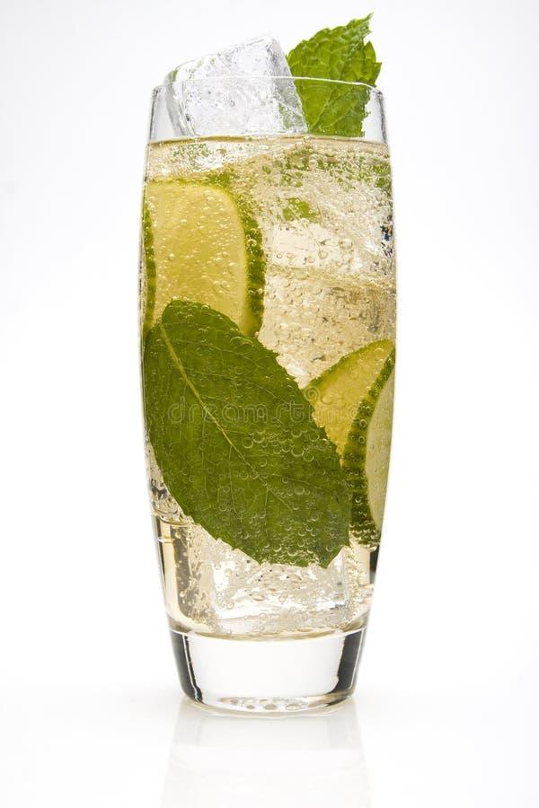 Kalkspritzer-Cocktail stockfoto