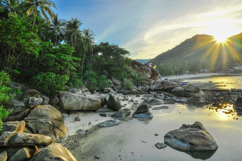 Kalksteen panoramische tropische beac royalty-vrije stock foto