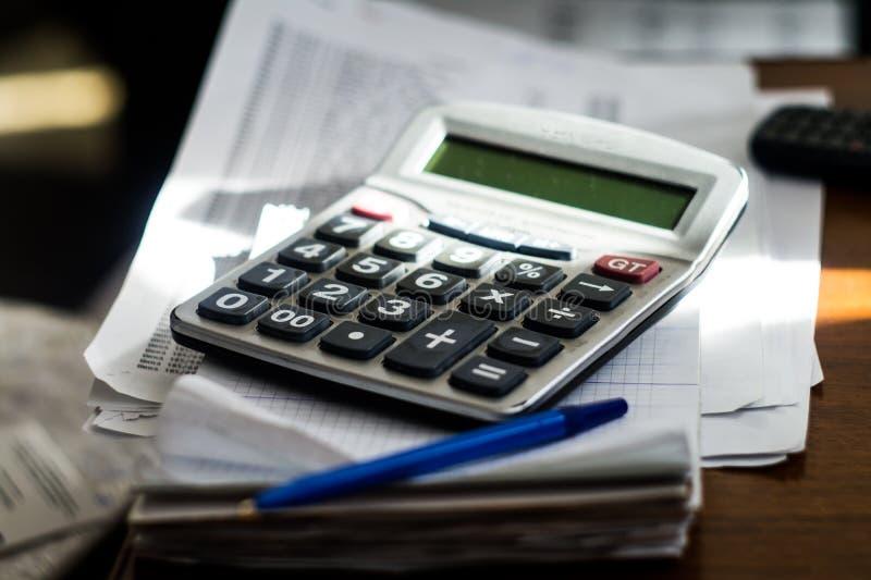 Kalkulator w miejscu pracy obrazy stock