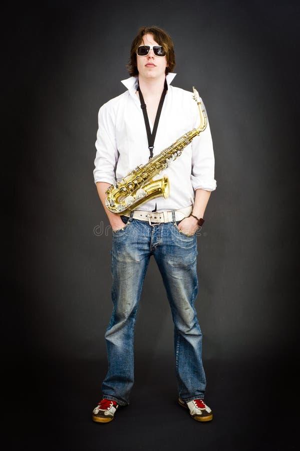 kall saxofonist arkivbild