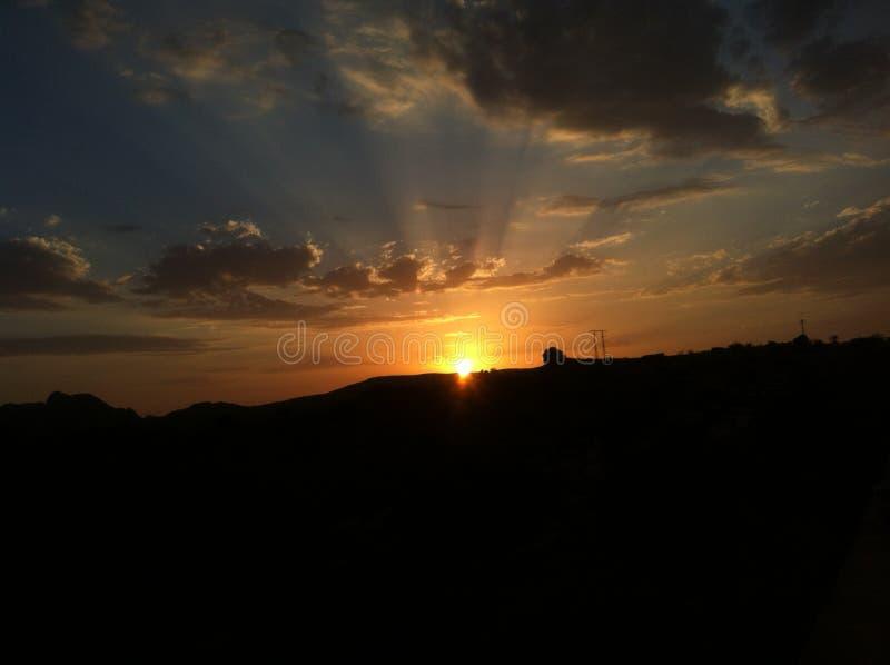 Kall solnedgång royaltyfria foton