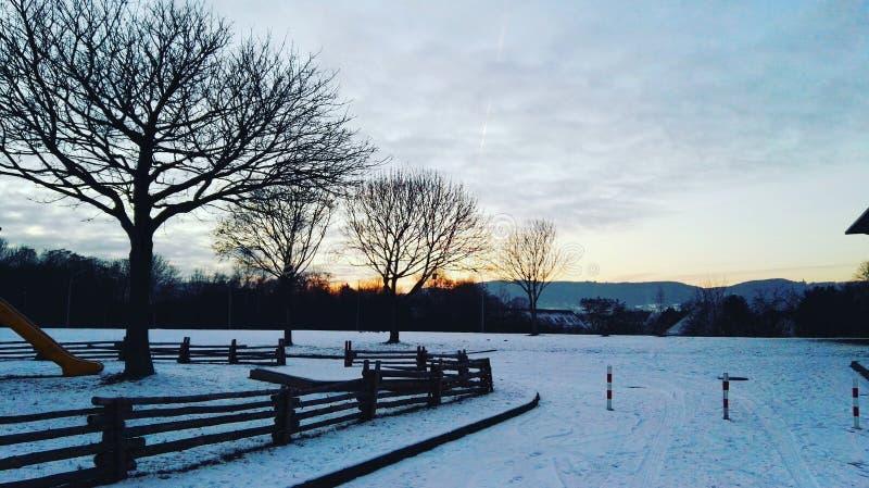 kall solnedgång arkivfoton