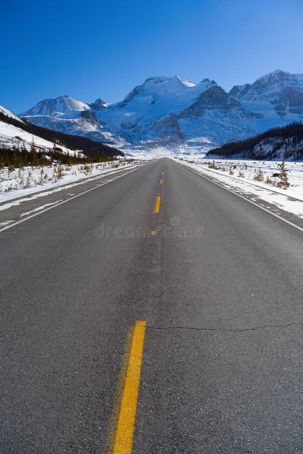 Download Kall trottoar arkivfoto. Bild av trans, nationellt, kanada - 505756