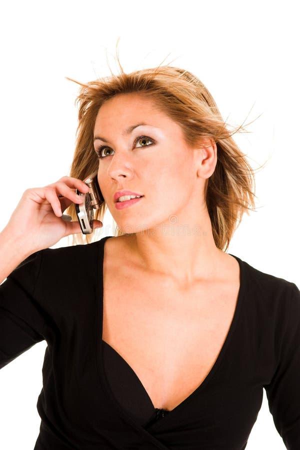 kalla den mobila telefonkvinnan royaltyfri fotografi