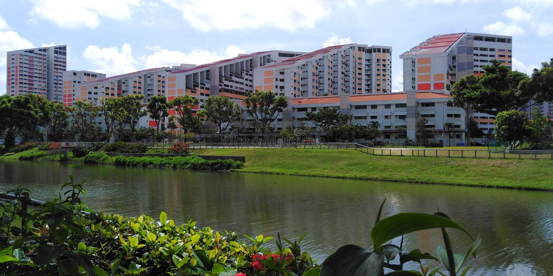 Kallang rzeka przy Potong Pasir lokalową nieruchomością zdjęcie royalty free