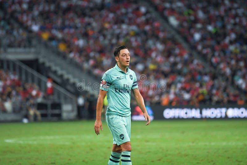 Kallang-Singapore-28Jul2018: De Speler van Mesut Ozil #10 van arsenaal binnen stock afbeeldingen