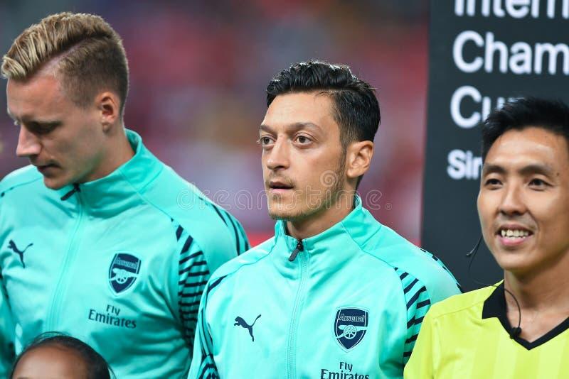 Kallang-Singapore-28Jul2018: Mesut Ozil Player van arsenaal in acti royalty-vrije stock afbeeldingen