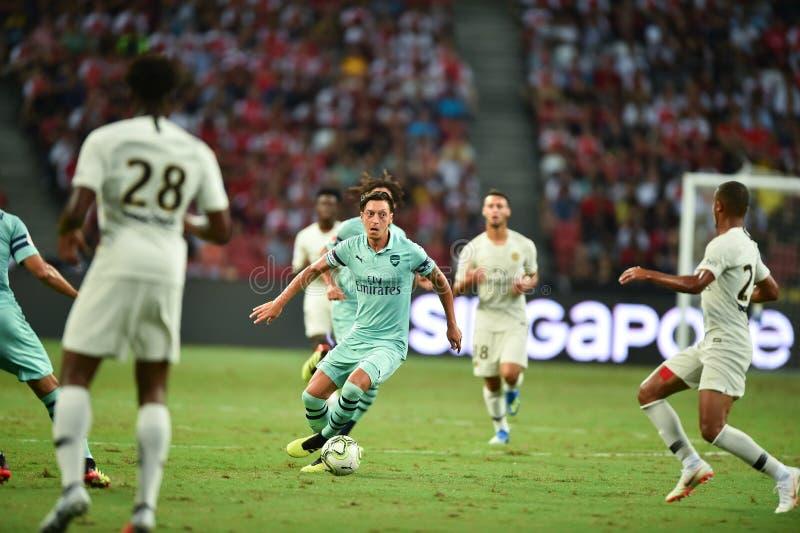 Kallang-Singapore-28Jul2018: Mesut Ozil 10 Speler van arsenaal binnen stock fotografie