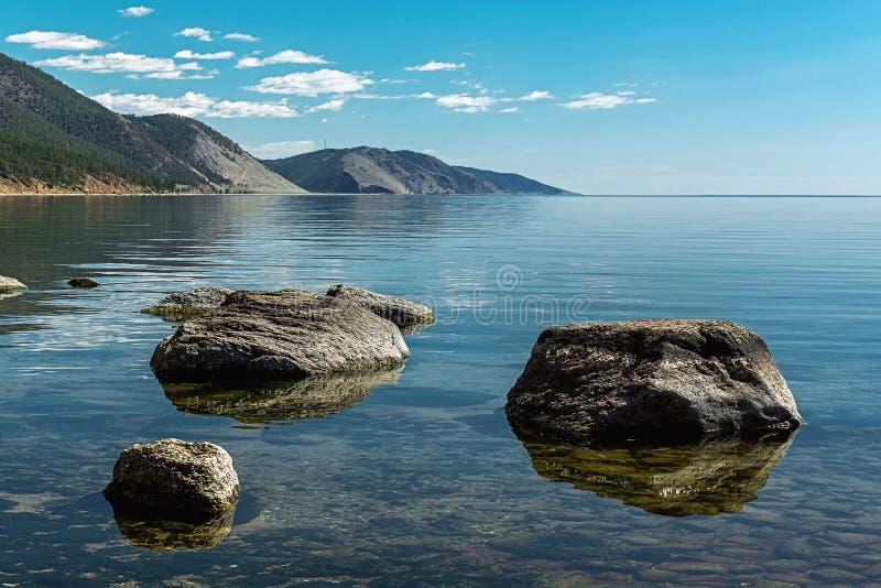 Kalm Meer Baikal stock afbeelding