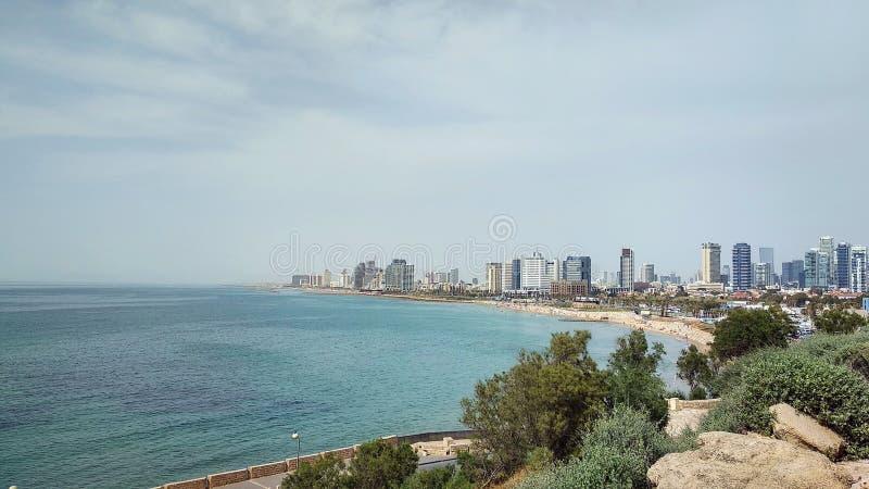 Kalme cityscape van Middellandse Zee in Tel Aviv, Israël stock afbeeldingen