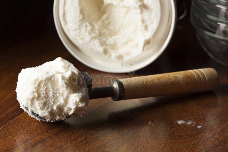 Kalte organische Eiscreme lizenzfreies stockfoto
