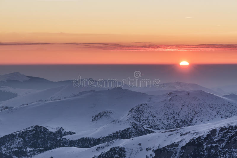 Kalter Sonnenuntergang lizenzfreie stockfotos
