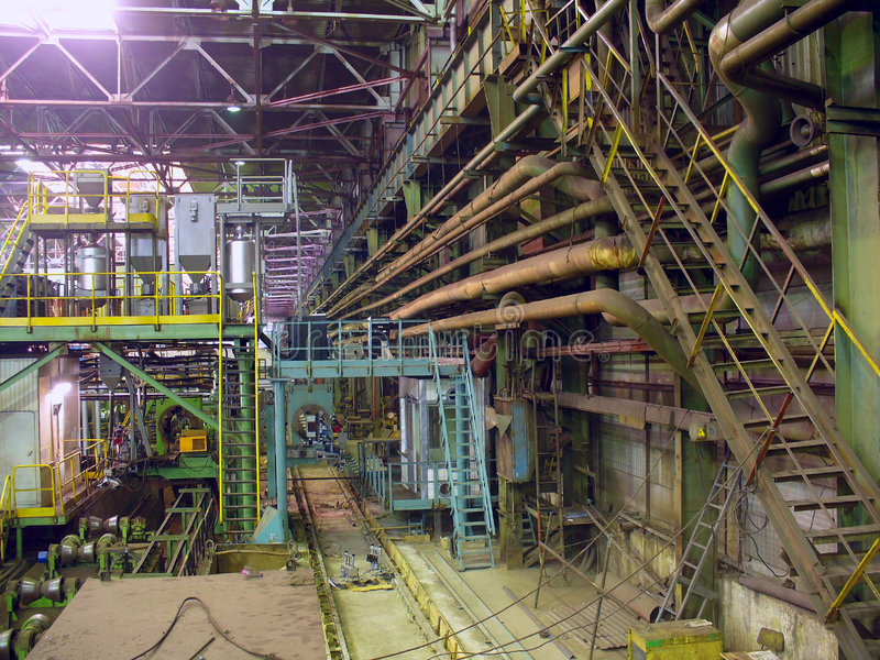 Kaltwalzende Abteilung in der Metallurgiefabrik lizenzfreies stockbild