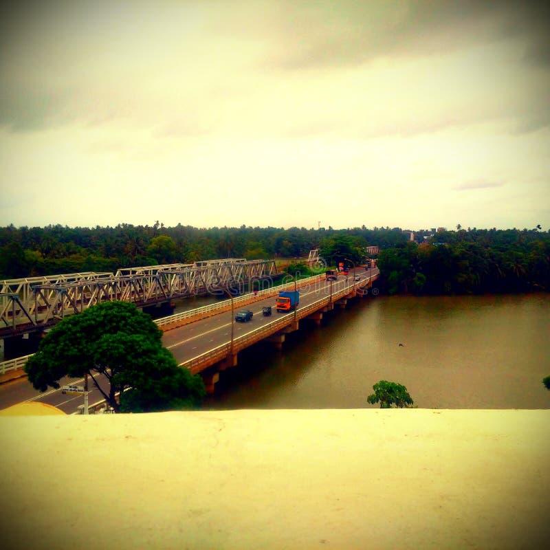 Kalutara bro nära vid templet & bodiya fotografering för bildbyråer