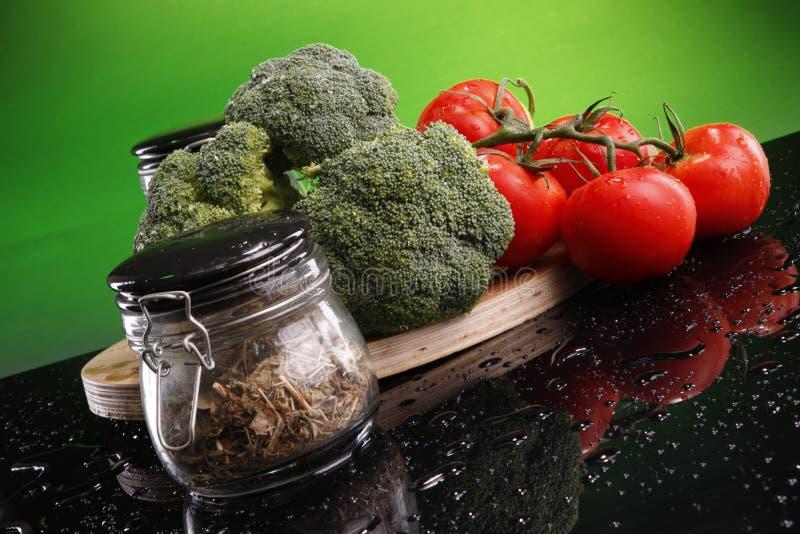 Kalzium und Vitamine lizenzfreie stockfotos