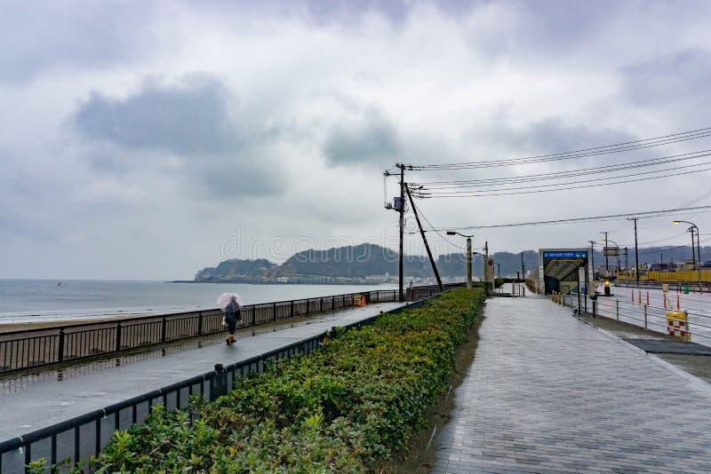 Kamakura Japonia, Styczeń, - 29, 2016: Linia brzegowa Kamakura, Japan obraz royalty free