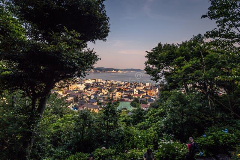 Kamakura - 6 juin 2019 : Vue panoramique de Kamakura vue du temple de Hasedera à Kamakura, Japon photo stock