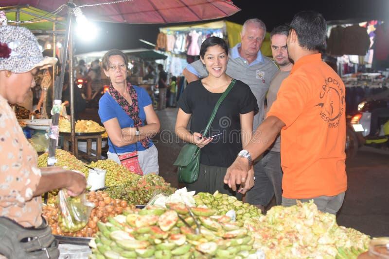 Kambodjanska sura frukter royaltyfria bilder