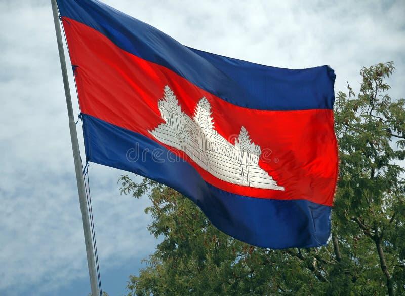 Kambodschanische Staatsflagge fliegt noch stolz in den kambodschanischen Kil lizenzfreie stockfotografie
