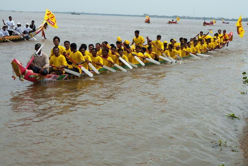 Kambodschanische WasserRegatta lizenzfreie stockbilder