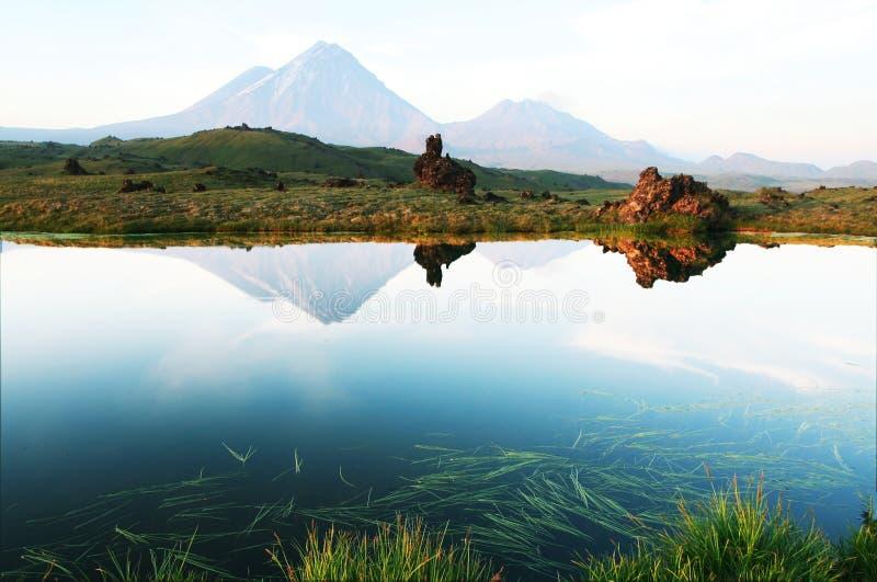 kamchatka vulkan royaltyfri bild