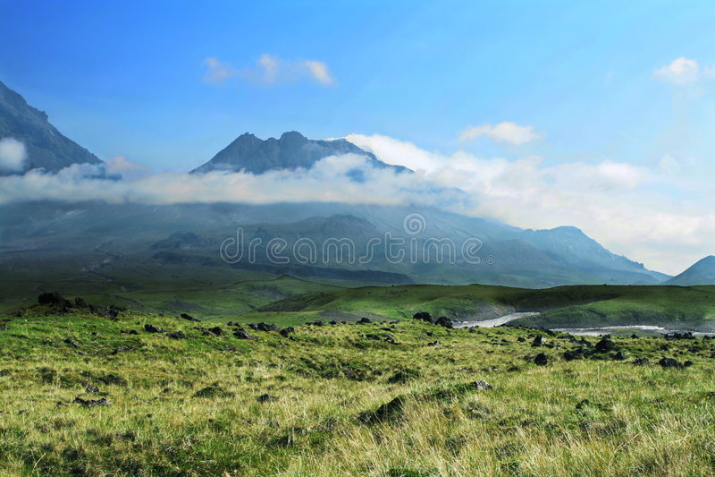 kamchatka vulkan royaltyfri fotografi