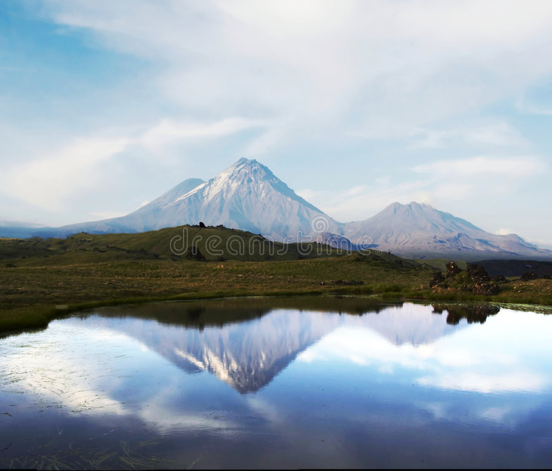 Kamchatkian Landschaften lizenzfreie stockbilder