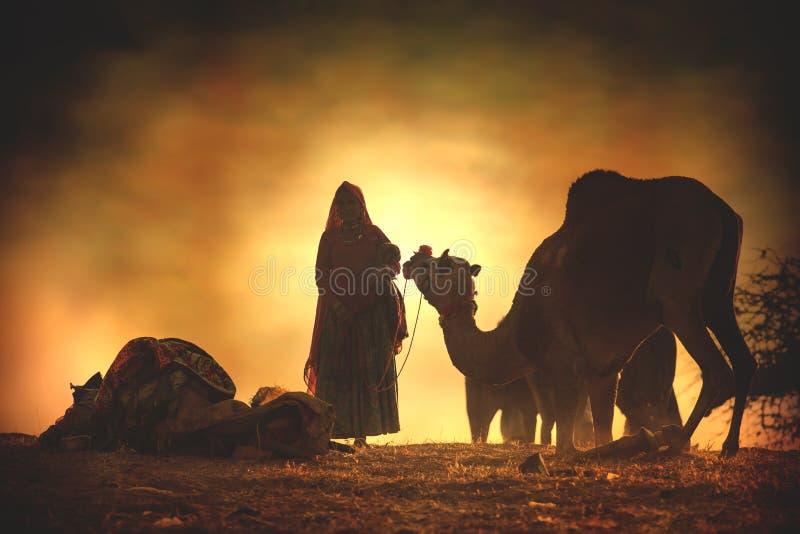Kamelförsäljare från staden av Pushkar, Pushkar Mela royaltyfri bild